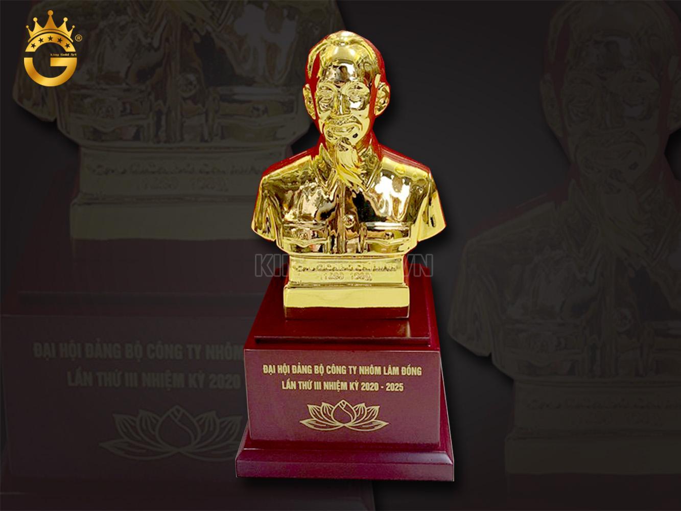 Tượng chân dung Bác hồ mạ vàng, quà hot sự kiện đại hội