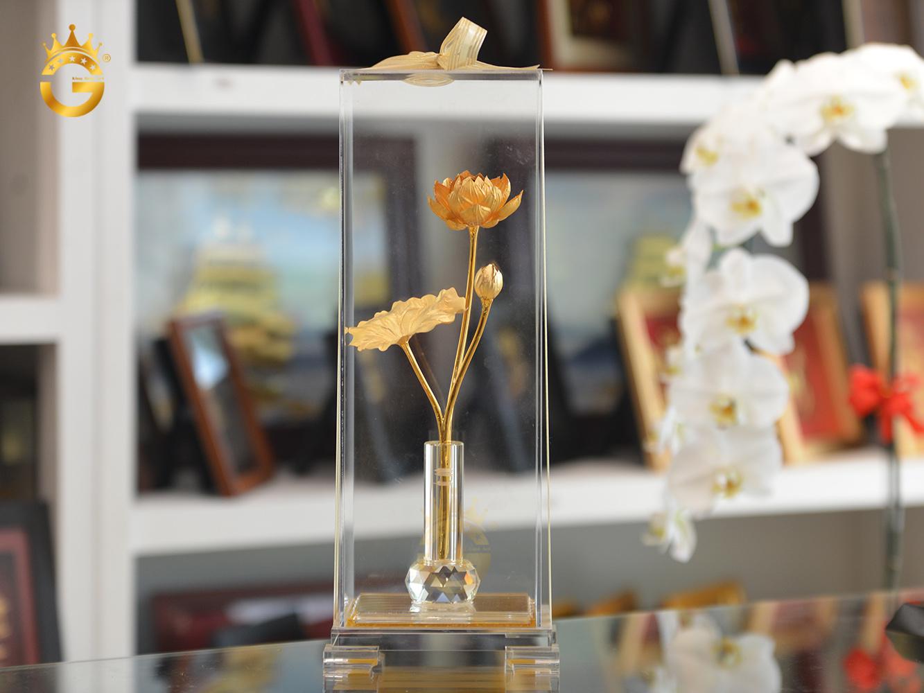 Quà tặng 20/10 cho khách hàng- bông hoa sen mạ vàng 24k