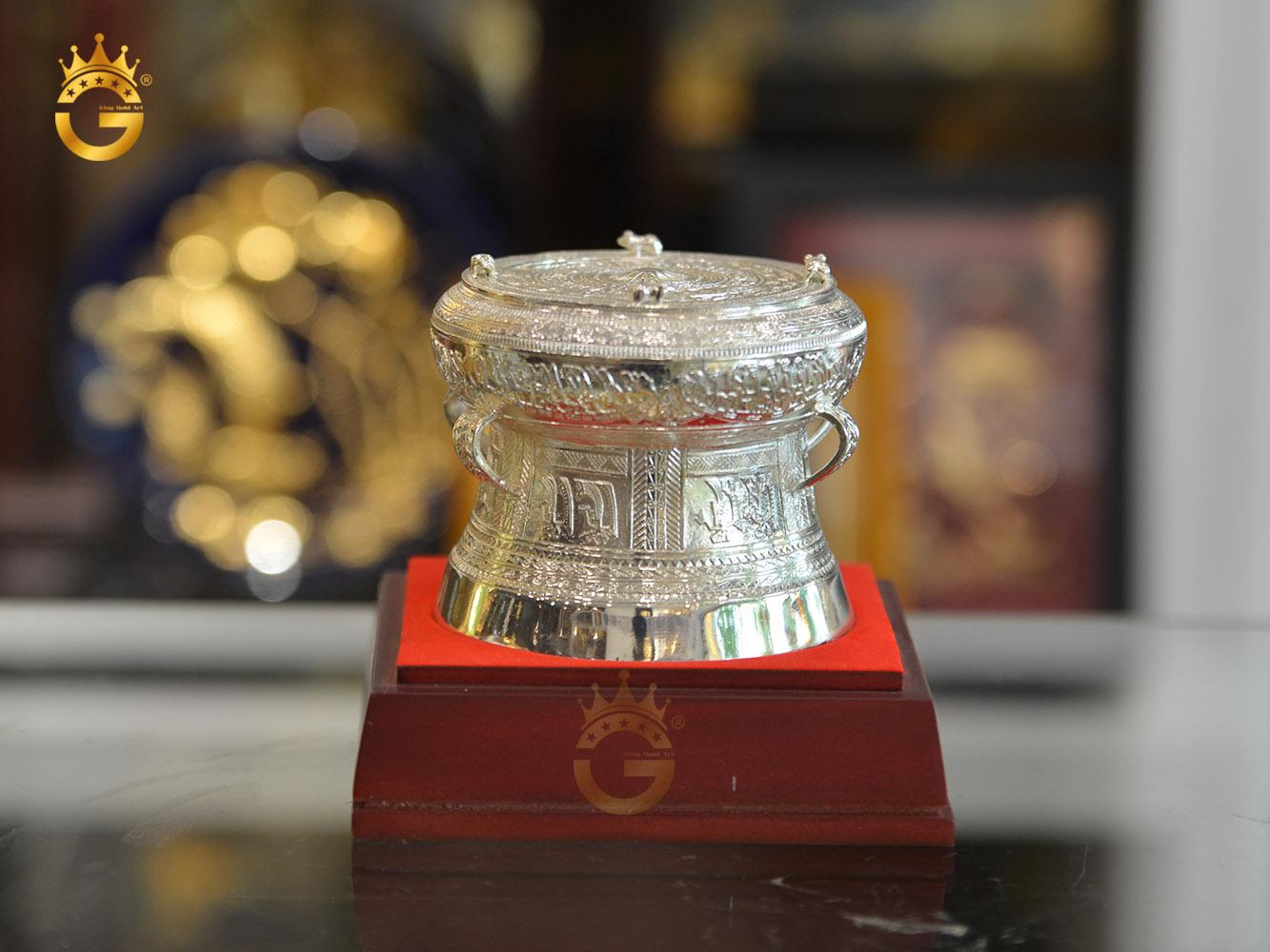Quà tặng trống đồng mạ bạc, quà tặng đối tác nước ngoài ý nghĩa